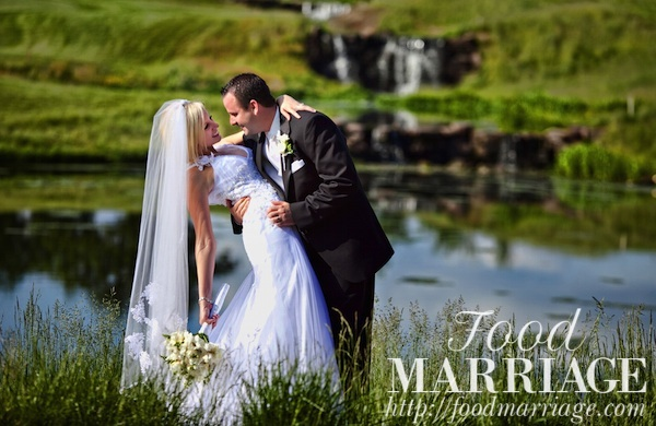 Rivercrest Golf Club Wedding Photo - Food Marriage Blog - Being Married, Having Fun, Loving Life & Loving Food!